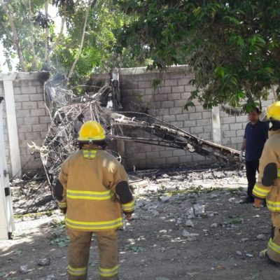 Muere piloto al estrellar su avioneta en Tabasco