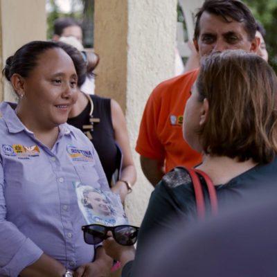 """""""VAMOS A SEGUIR CAMINANDO HASTA EL ÚLTIMO DÍA"""": Recorre Cristina Torres el fraccionamiento Mundo Hábitat y confía en ganar la elección en Solidaridad"""