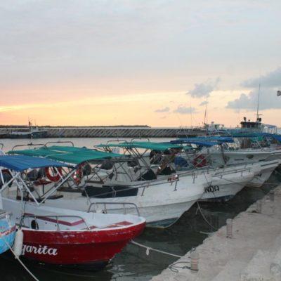 Por lluvias cierran puerto en Holbox y monitorean zonas bajas