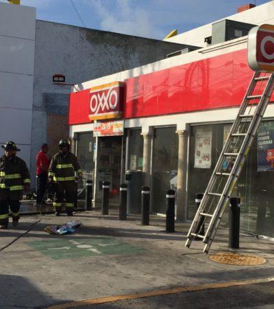 Falla en intento de robo a un Oxxo y provoca incendio en pleno centro de Cancún
