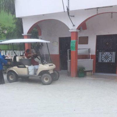 LLuvias causan inundaciones en Holbox, pero no hay orden de evacuación; en Chiquilá sí desalojaron a 50 familias