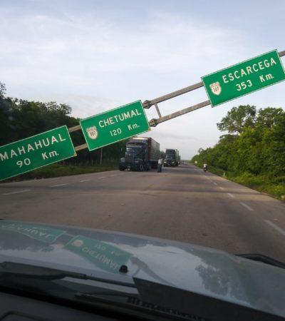 Se cae estructura federal en carretera en Felipe Carrillo Puerto