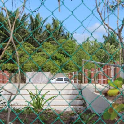 Conflictos del acceso público a Punta Beté siguen sin solucionarse; la obra gongorista comienza a dañarse y el paso sigue cerrado
