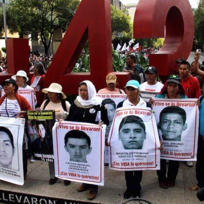Califica PGR de 'imposible' crear comisión de la verdad por caso Iguala