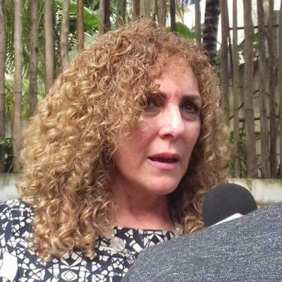 Boletos de avión, nado con delfines, pago de pasajes, premios para todos… Luz María Beristain Navarrete rifa y paga lo que sea para que lleven gente al cierre de campaña de su hermana Laura