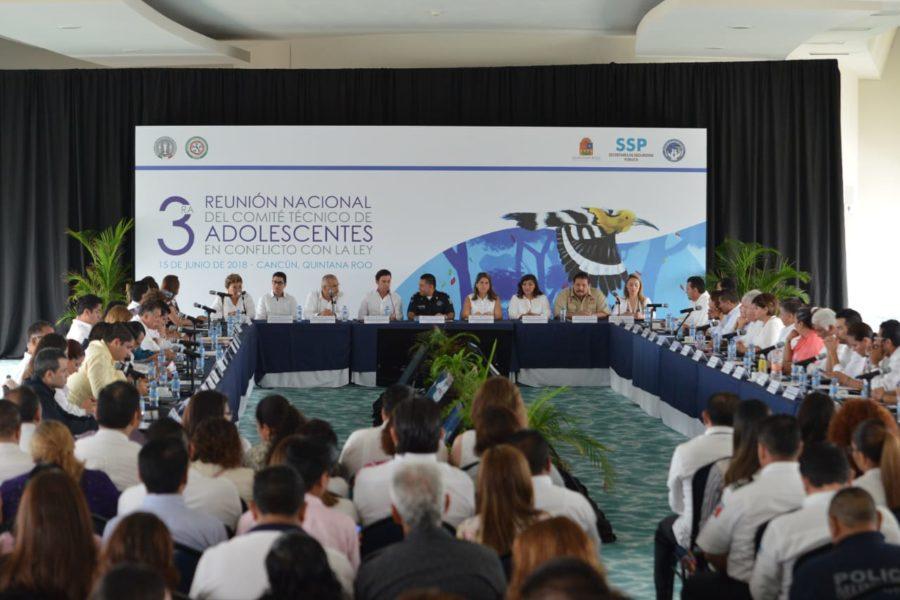Los adolescentes, se discute en Cancún, tendrán una justicia acorde a su edad y necesidades