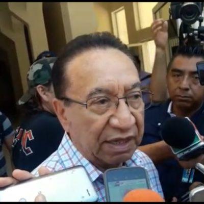 El senador Isaías González Cuevas le desea la victoria a Martín de la Cruz, pero asegura que el voto corporativo ya no existe, pues ahora es libre y secreto