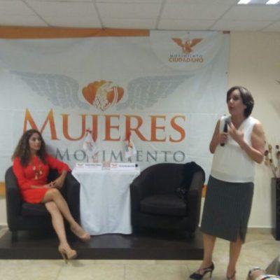 """""""El gran problema de los políticos es que, cuando se convierten en funcionarios, viven en una burbuja y se aíslan de la realidad de la población"""", asegura Patricia Mercado"""