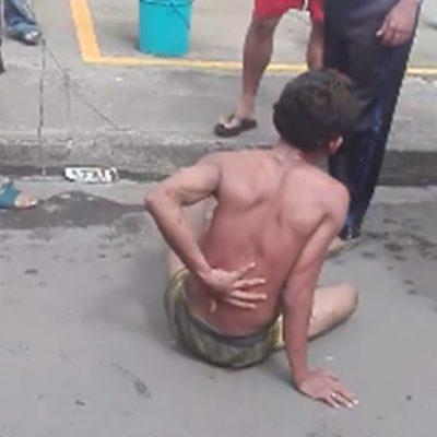 Pobladores obligan a delincuente a exhibirse semidesnudo como escarmiento