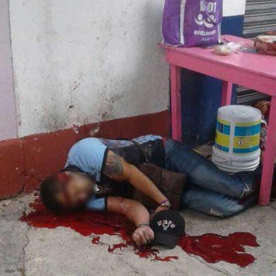Ejecutan sicarios a su objetivo, pero matan a una mujer y hieren a un menor