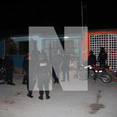 TRIFULCA EN LA REGIÓN 236: Con disparos al aire, policías controlan supuesta riña en Cancún: habría un agente herido y detenidos