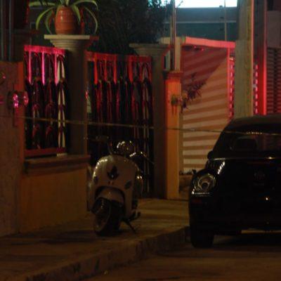 ATAQUE A BALAZOS EN PLENO CENTRO DE CANCÚN: Saldo de un muerto y un herido en una vivienda de la calle Pecari de la SM 20