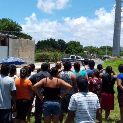 EJECUTADO EN DOMINGO EN LA SM 227: Avientan de un vehículo a un joven con las manos amarradas y le disparan en la Avenida Río Hondo de Cancún