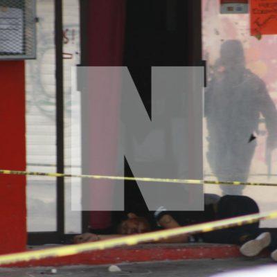 EJECUTAN A CADENERO DE UN BAR EN CANCÚN: Ataque a balazos contra el bar 'La Diligencia' de la Región 94, muy cerca de donde la candidata de Morena realizaba una caminata