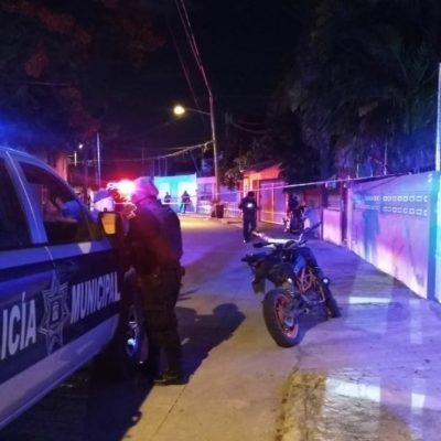 Disparan contra un hombre durante robo de una motocicleta en la SM 24 de Cancún