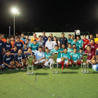 Club Atlante auspició Torneo Relámpago de Futbol Rápido en Tulum y candidato dio la patada inicial