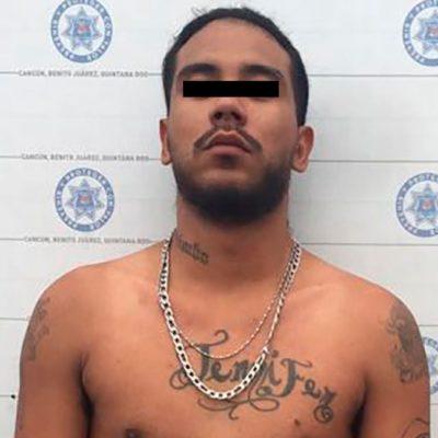 Después de persecución, detienen a presunto delincuente con arma de fuego