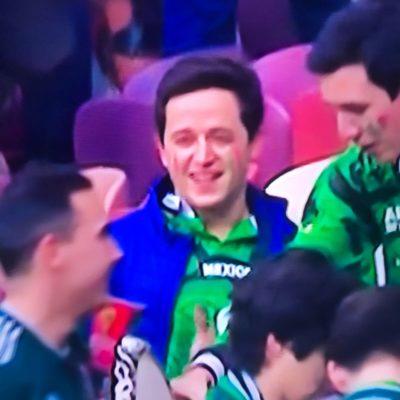 Hijo del Gobernador de QR es captado por TV en el estadio Luzhniki en el partido del Tri contra Alemania
