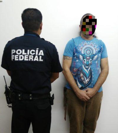 CAE ORONDO GRUPÍ: Argentino con sello migratorio falso es detenido en Aeropuerto Internacional de Cancún