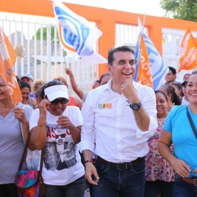 """Miguel Ramón pide gobiernos """"más sensibles"""" hacia la mujer"""