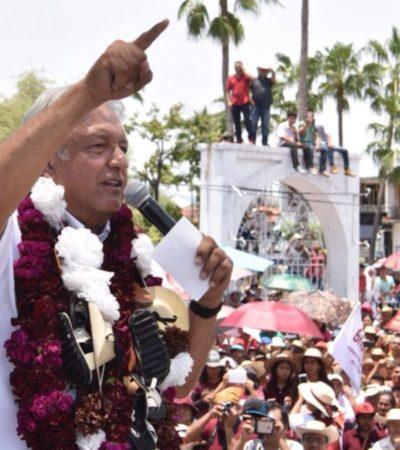 """""""Nestora Salgado no está aquí porque es víctima de la persecución"""", asegura AMLO en Guerrero"""