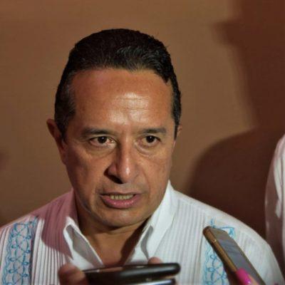 """""""NO ESTÁ EN LOS PLANES HACER ESO"""": Rechaza Carlos Joaquín vetar polémicas Leyes de Movilidad y de Asentamientos Humanos"""