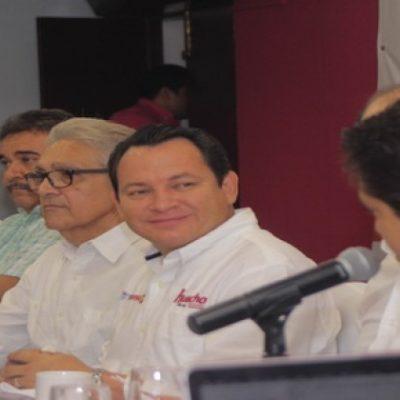 Panistas se pasan al equipo del 'Huacho' Mena en Morena Yucatán