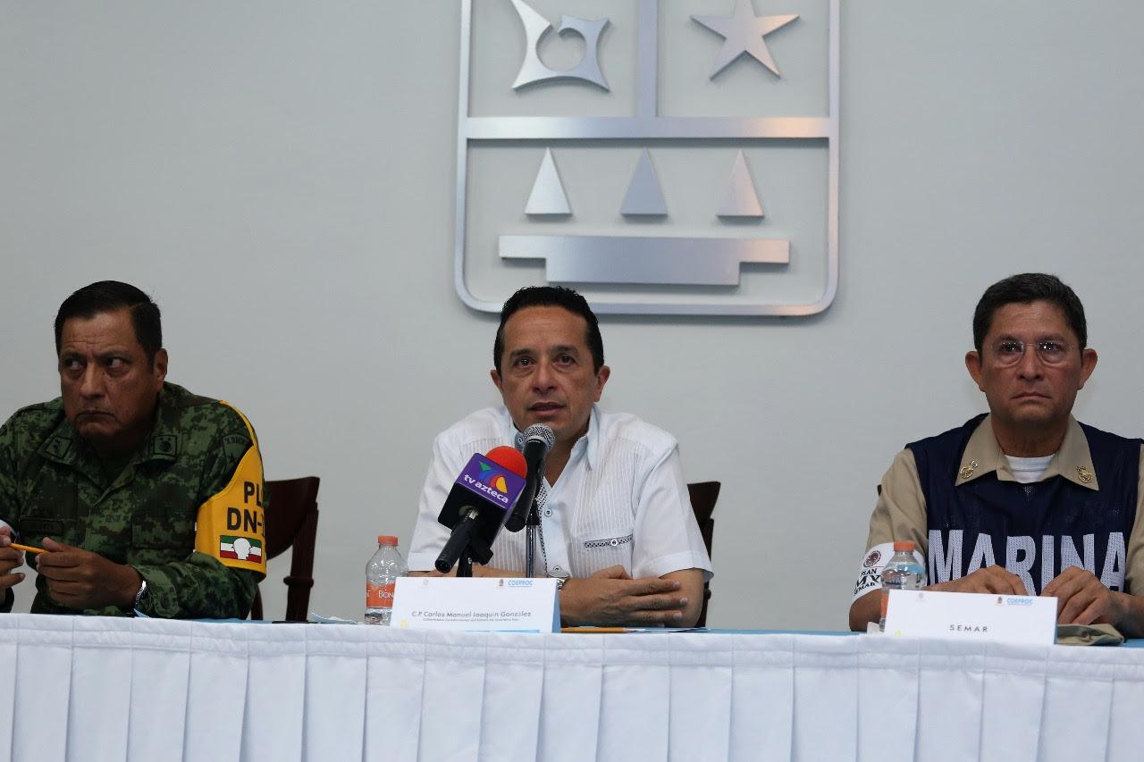 MANTIENEN ALERTA POR ONDA TROPICAL: Solicita Gobernador declaratoria de emergencia por intensas lluvias en todo Quintana Roo