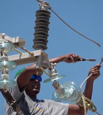 Inicia el retiro de cableado eléctrico aéreo en el Casco Antiguo de Puerto Morelos; autoridades buscan mejorar la imagen
