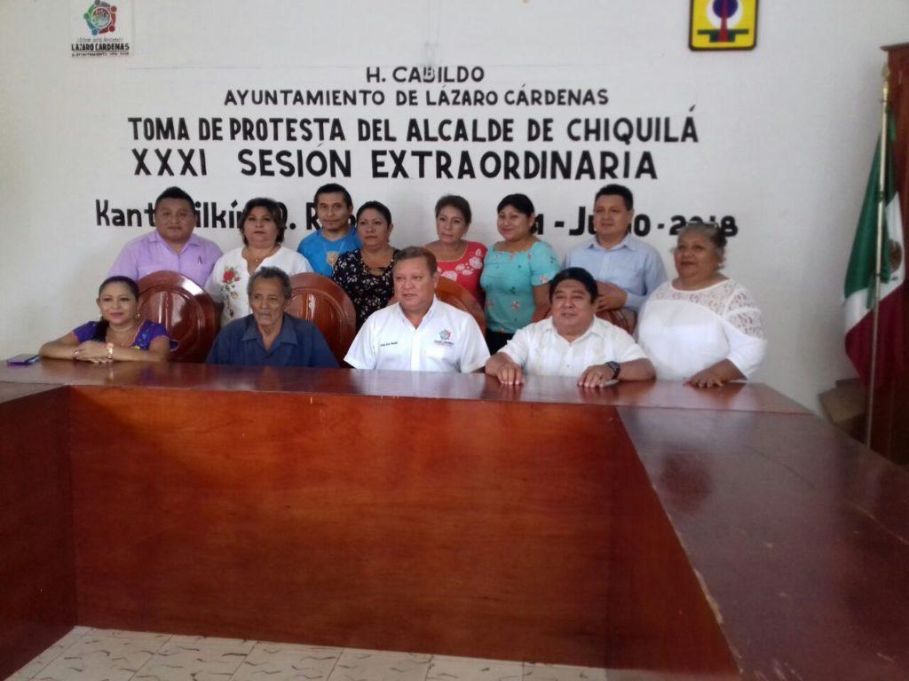 Nombran a suplente como nuevo alcalde de Chiquilá, luego de la renuncia de Andrés Cohuo