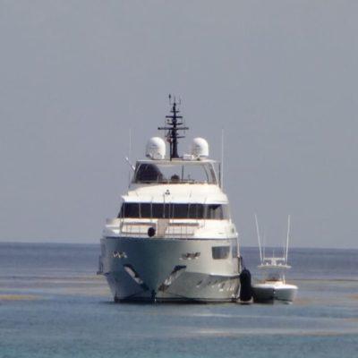 Habrá sanciones a la embarcación que dañó arrecifes en Cozumel