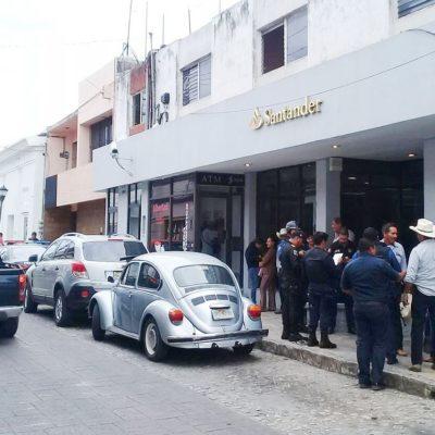 UN ATRACO POR MES: Roban un millón 500 mil pesos a un cliente en el interior de un banco en Comitán