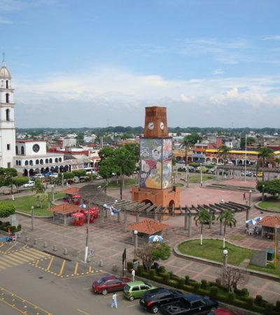 Alcalde que no logró reelegirse despacha a la par que su sustituto en Cárdenas, Tabasco