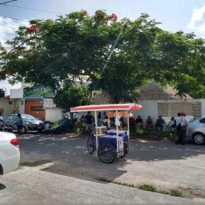 Para evitar fraude, militantes de José Esquivel y Paoly Perera, mantienen guardias en el consejo del Ieqroo en FCP