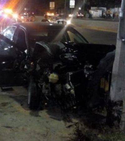 Abandonan a mujer en el interior de un auto luego de percance vial en Tuxtla Gutiérrez