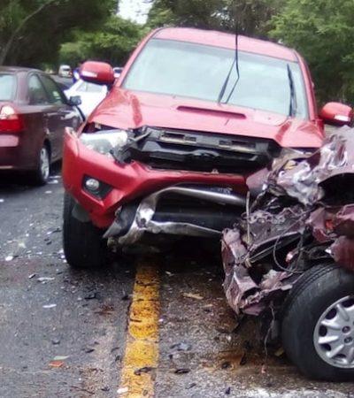Encontronazo en la carretera Villahermosa-Frontera deja un muerto y un herido