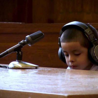 'YOU KNOW WHAT A LAWYER IS?': Niños separados de sus padres se enfrentan solos ante el juez en EU