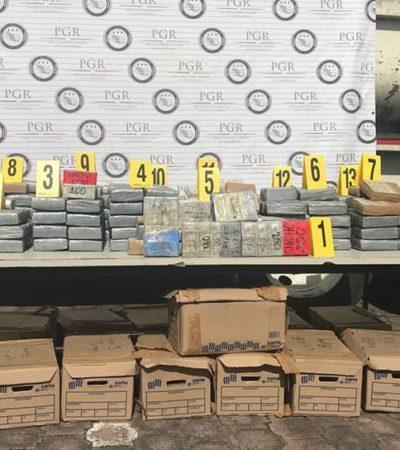 Asegura PGR en Veracruz casi siete millones de dólares en efectivo y cocaína ocultos en tráiler