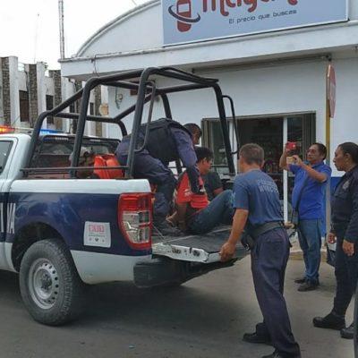 Arrestan a cuatro pasajeros por no pagar el servicio de taxi que solicitaron de Tulum a Carrillo