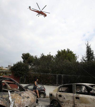 Suman al menos 74 muertos por incendios forestales en Grecia; 64 adultos y 23 niños sufren quemaduras