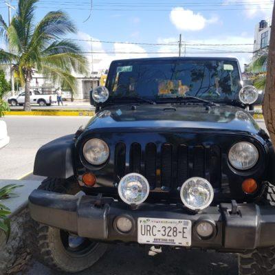 Balean Jeep en la Región 503 de Cancún