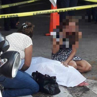 Muere de un infarto 'franelero' de 70 años de edad en estacionamiento de plaza comercial