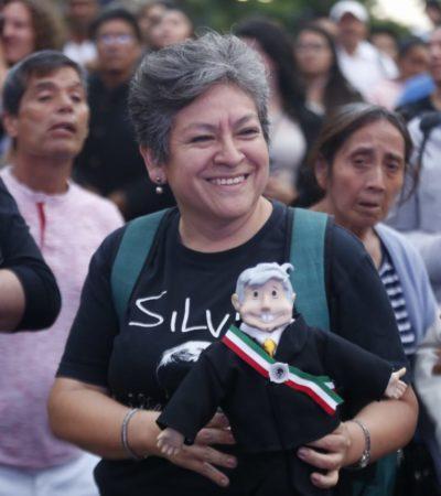 Ya esperan miles a AMLO en el zócalo para festejar su histórico triunfo