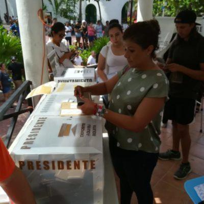Leslie Hendricks celebra la gran participación ciudadana en esta jornada electoral
