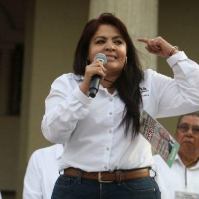 Nestora Salgado recibe constancia de mayoría como senadora