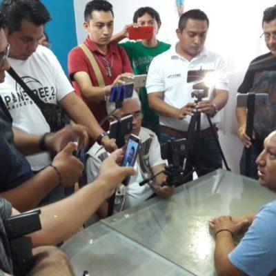 Erik Borges promete regalar su salario de regidor en José María Morelos