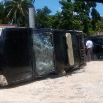 Termina en gresca marcha de inconformes con actuar de la policía en Tzucacab, Yucatán