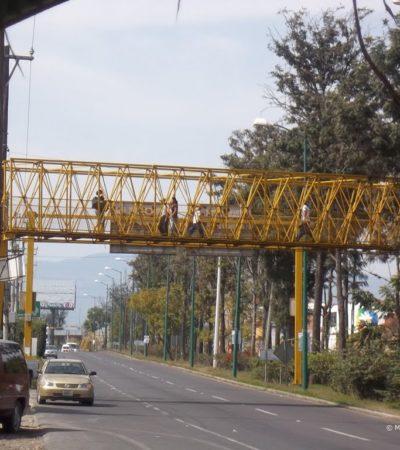 Se suicida elemento de la Fuerza Civil lanzándose de un puente peatonal en Las Trancas, Veracruz