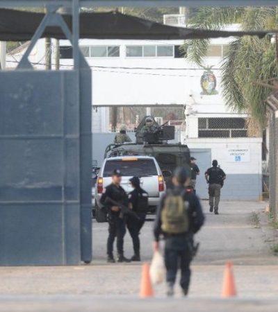 Se fugan dos reos de penal en Sinaloa; vestían como custodios y salieron por la puerta principal