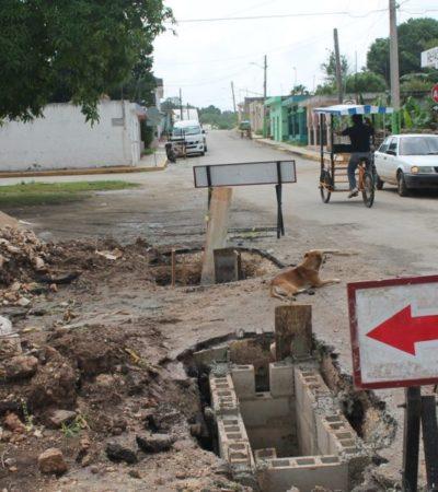Obra de pozos de absorción avanza con lentitud y provoca accidentes en Lázaro Cárdenas